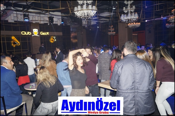 Club Gece'de Derya ULUĞ Rüzgarı - Foto Galeri galerisi resim 2