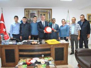 PTT Çalışanlarından Başkan Kale'ye Ziyaret