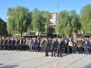 Başkan Gürşat Kale : Atatürk'e Minnettarız