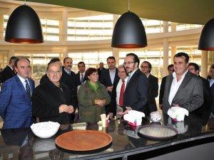 Rektör Cavit BİRCAN, ADÜ Cafe'yi Açtı
