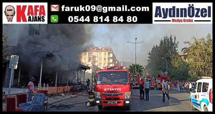 Büyükşehir İtfaiyesi Aydın'da Mobilya Mağazasında Çıkan Yangına Hızlıca Müdahale Etti