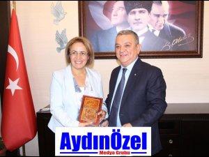 Kadınların Genel Başkanı Özer KAYALI'yı Ziyaret Etti