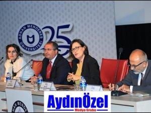 ADÜ'de Atatürk ve Demokrasi Paneli Yapıldı