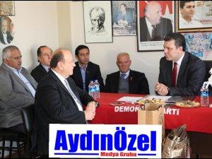 Başkan Özakcan'dan DP'ye Taziye Ziyareti