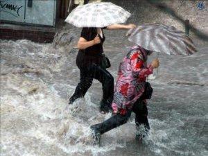 Aydında HaftaSonu Yağışlı Geçecek
