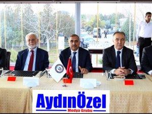 ADÜ'de Yöneticinin Adaleti Konferansı Düzenlendi