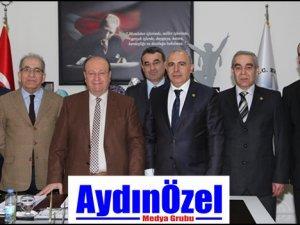 Aydınlılar Derneği Yeni Yönetiminden Başkan ÖZAKCAN'a Ziyaret