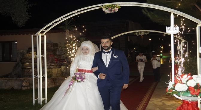 Kumrunun Üstadı Evlendi