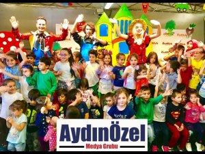 Özdilek İzmir AVM' de Çocuk Tiyatrosu Devam Ediyor