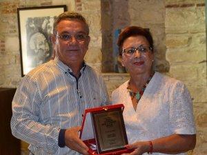 Kuşadasında Onur Ödülleri Sahiplerini Buldu