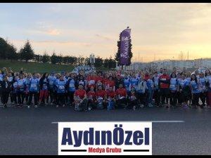 1060 Umut Elçisi İstanbul Maratonu'nda KAÇUV İçin Umuda Koştu