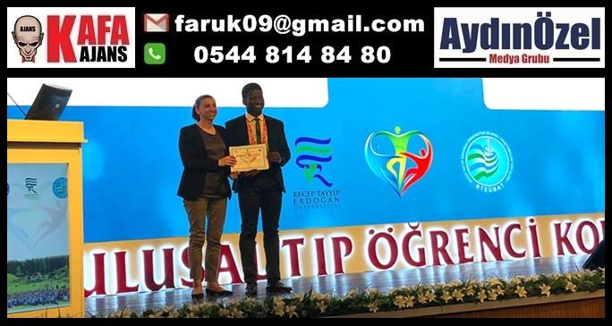Uluslararası Öğrencimizden Çifte Başarı