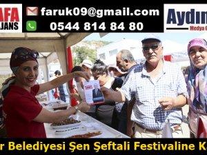 Efeler Belediyesi Şen Şeftali Festivaline Katıldı