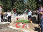 Sultanhisar belediye başkanı şehitleri ziyaret etti